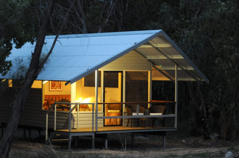 Davidson Safaris lodge cabin