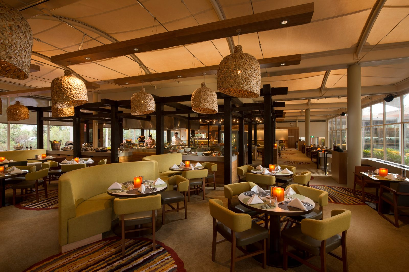 Relax and feast in the brasserie-style Ilkari Restaurant at Sails in the Desert.