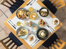 Continental and Buffet Breakfast to suit all tates and indvidual needs. Located on level 1