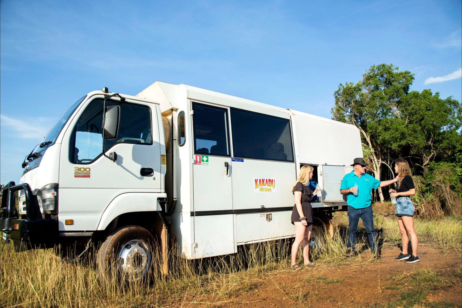 Kakadu Tour Guide and Vehicle