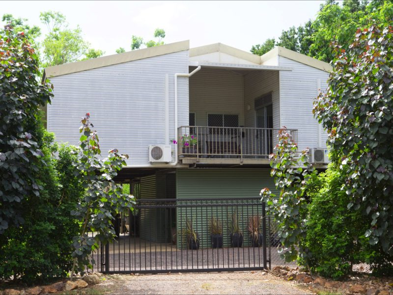 Safe, secure and VERY private complete house with pool, laundry & on-site parking