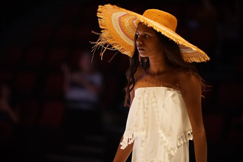 2019 Country to Couture