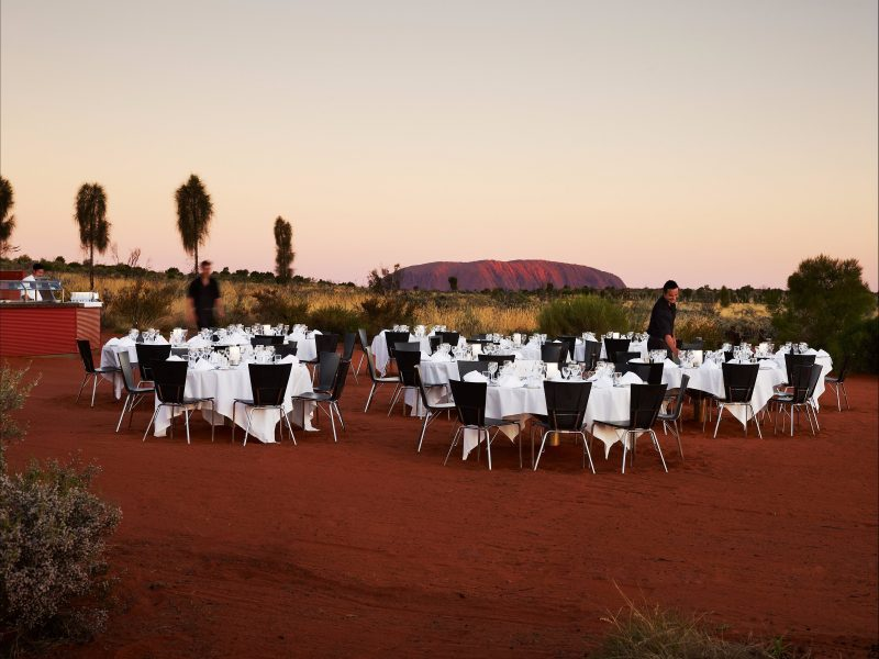 Sounds of Silence offers an evening of dining under the sparkling outback sky.