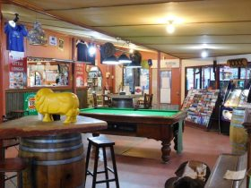 Stuarts Well Roadhouse, South Alice Springs, Central Australia, Outback, Highway, Bar, Restaurant