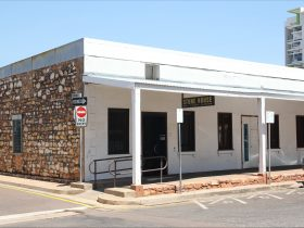 Sue Wah Chin building. Conservation works were recently undertaken to the front verandah.