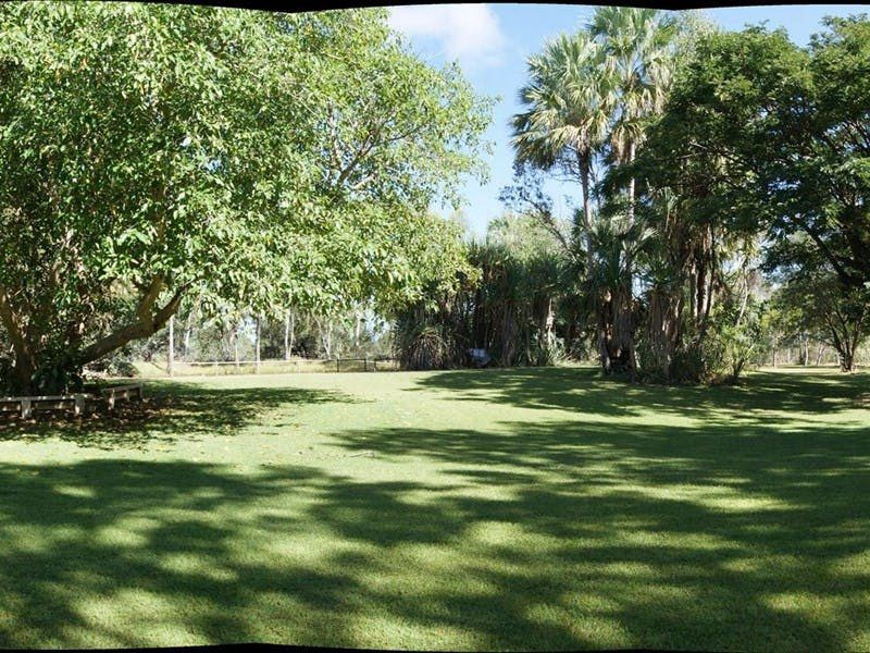 Territory Manor and Caravan Park, Mataranka, Northern Territory, Australia