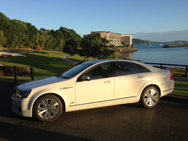 Airlie Limos - Whitsunday Coast Airport transfers