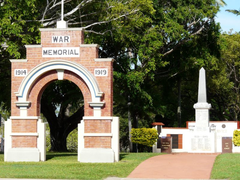 The Anzac Park War Memorial in Ayr commemorates those who died in service in various theatres of war including the First and Second World Wars, and Korean and Vietnam Wars.