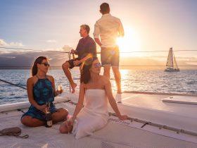 Sailing the Coral Sea on Aquarius Twilight Sail