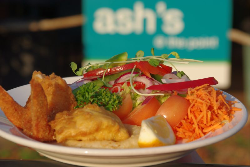 Delicious meals to dine in or take away