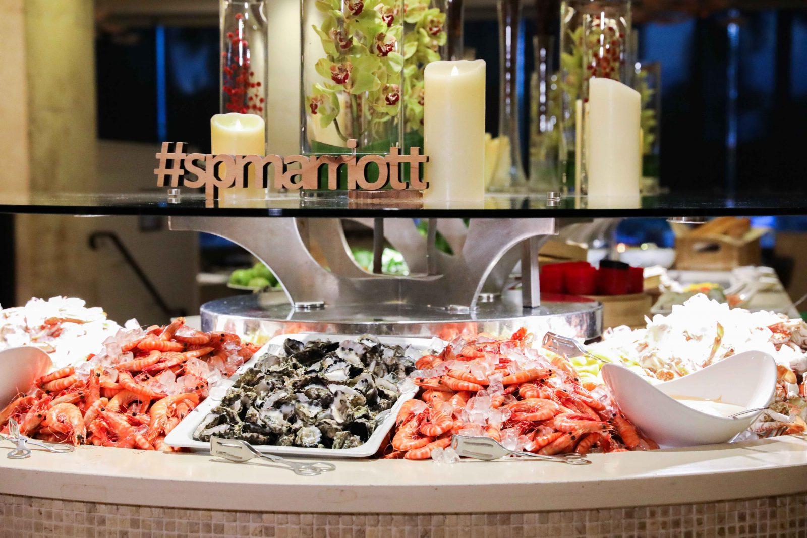 Surfers Paradise Marriott Resort & Spa Citrique Seafood Buffet