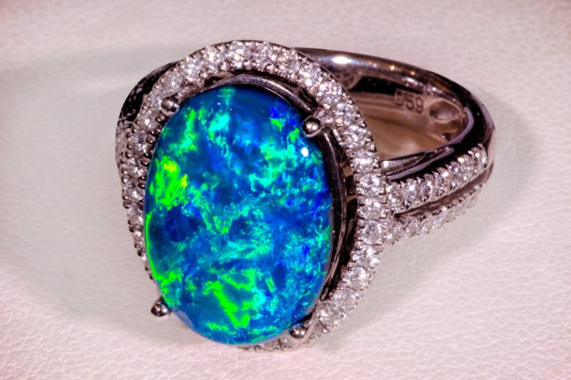 Gem Quality Ladies Opal Ring Australian Outback Opals Tamborine Mountain QLD