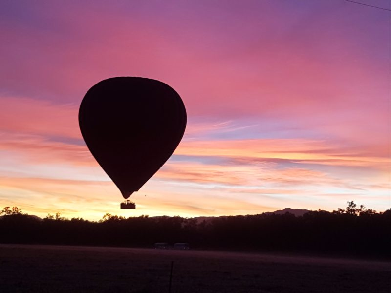 www.balloonsoverbrisbane.com.au
