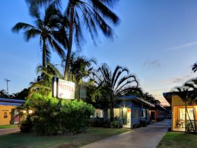 Bargara Gardens Motel and Holiday Villas