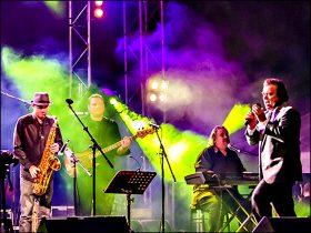Brass Monkeys The Waves Live Music Bundaberg