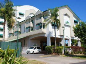 Cairns Sheridan Hotel