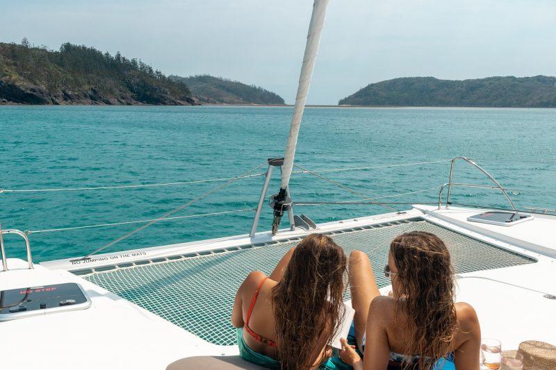 Charter Yachts Australia sailing the Whitsundays