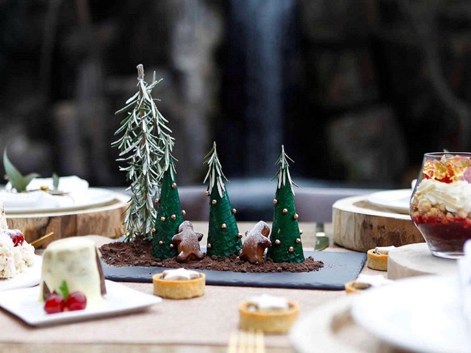 A Christmas Setting