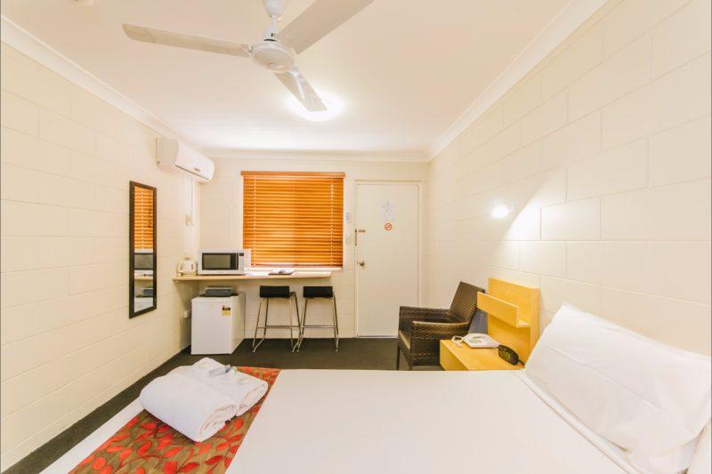 Citywalk Standard Queen Room