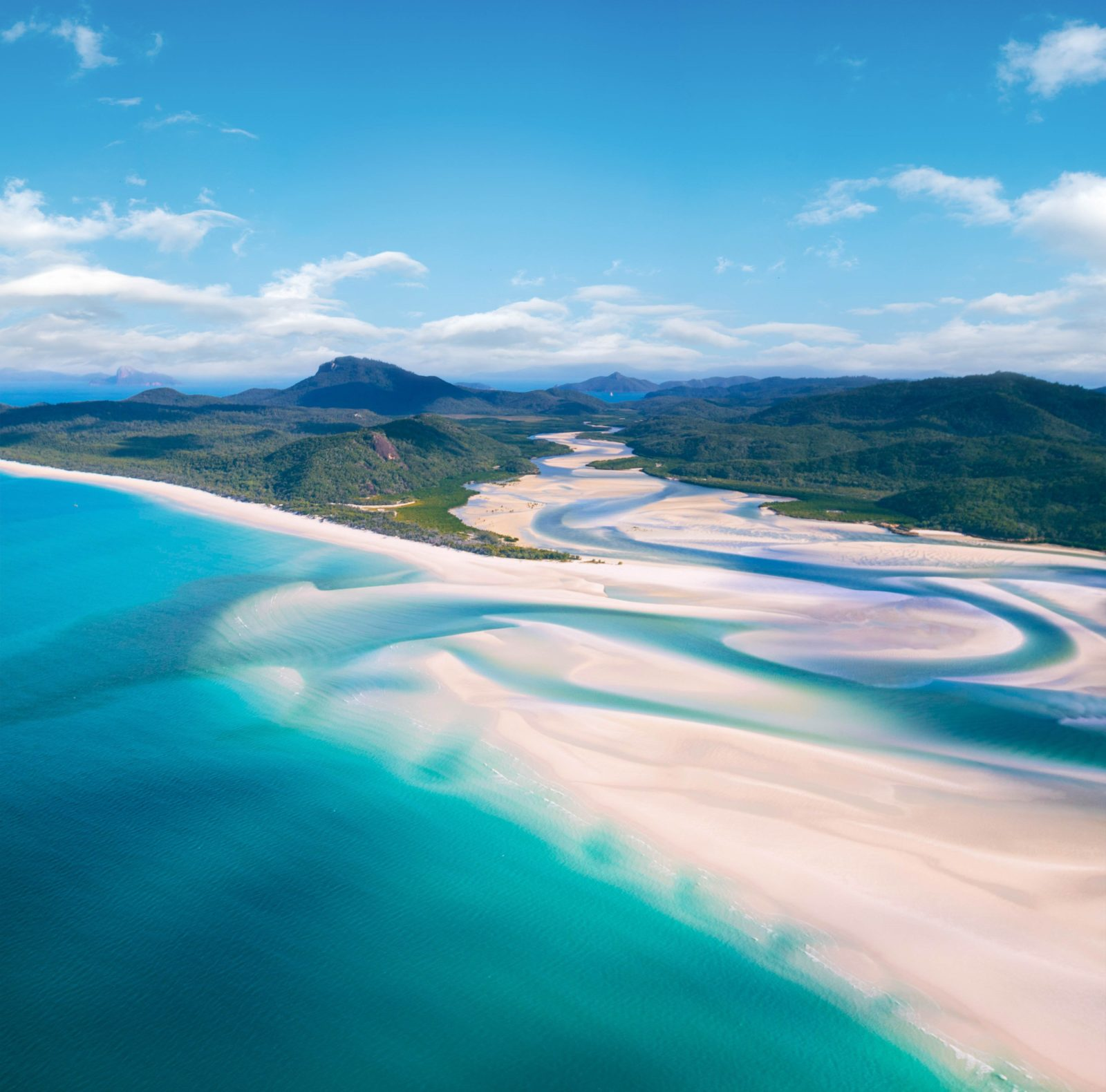 Stunning Hill Inlet at Whitehaven Beach