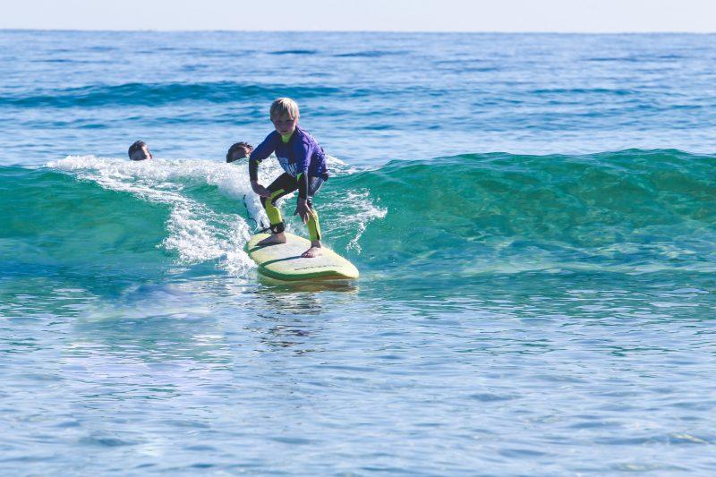 Currumbin Alley Surf School