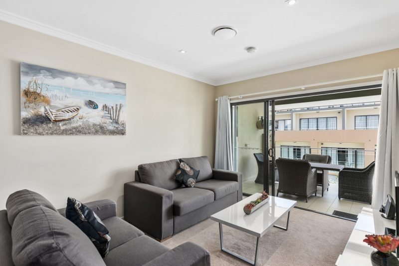 2 bed Pool view Stair access