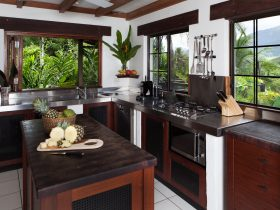 Shangri-La - Fully equipped Kitchen