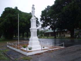 Finch Hatton War Memorial