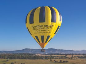 Scenic sunrise 1 hour balloon flights 30 mins west of Brisbane CBD