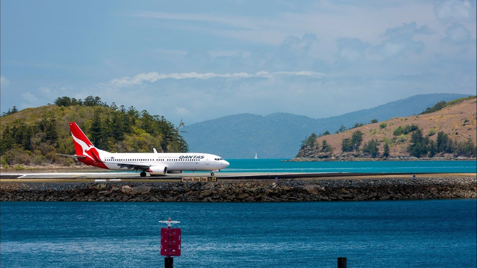 Great Barrier Reef Airport - Hamilton Island