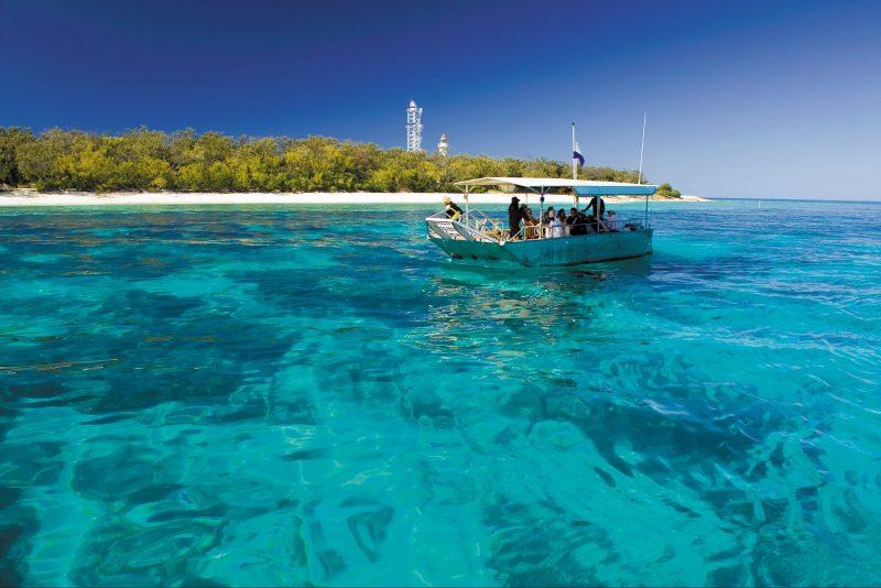 Glass bottom boat, Lady Elliot Island
