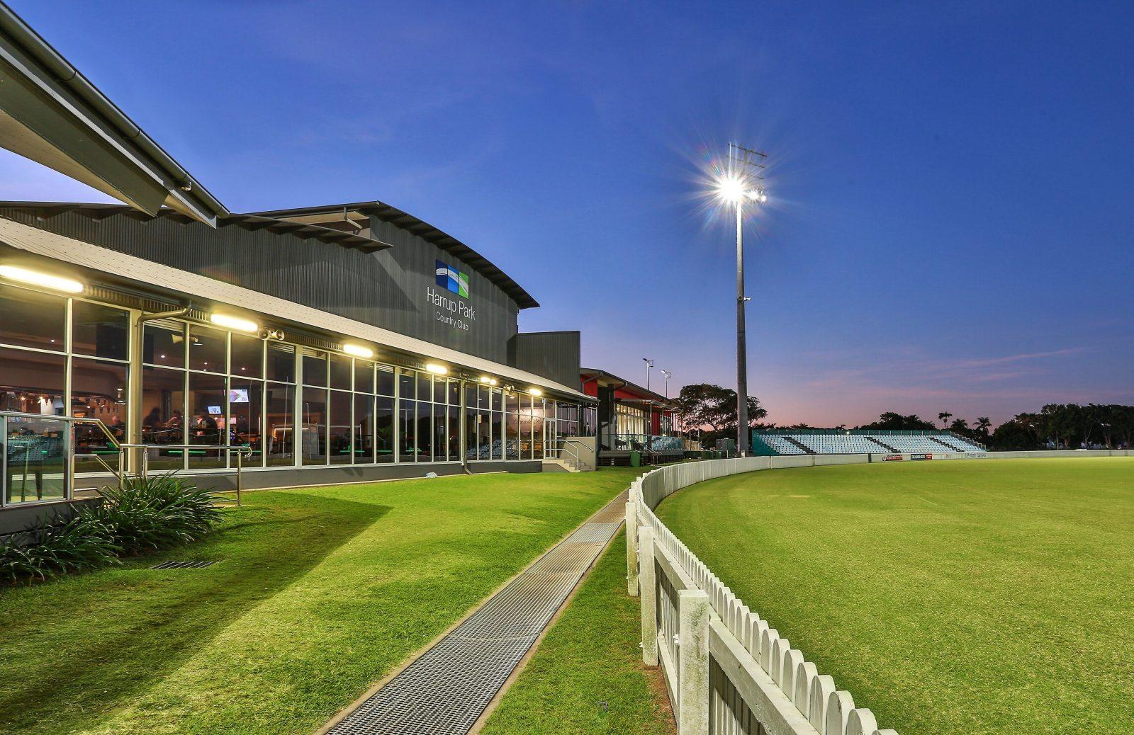 Main Oval to Club