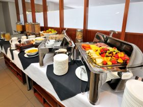 Daily buffet breakfast