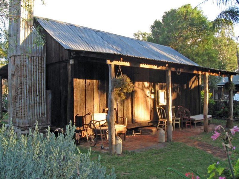 Griinke Slab Cottage