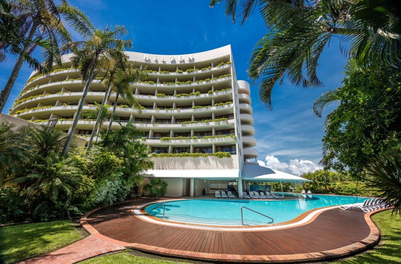 Hilton Cairns