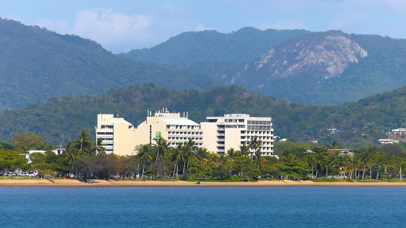 Exterior of Holiday Inn Cairns Harbourside