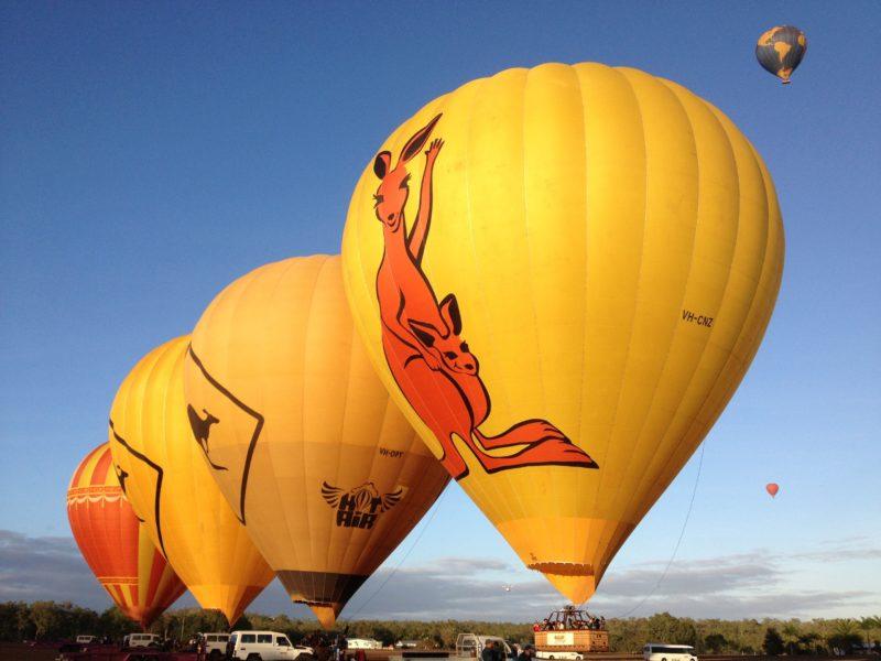 Daily hot air balloon Cairns rides