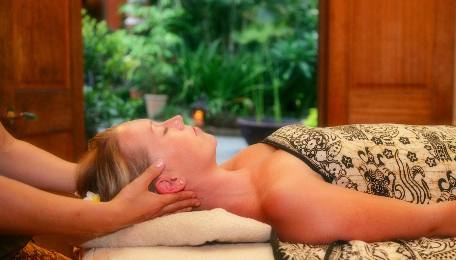 Treatment at ikatan Spa