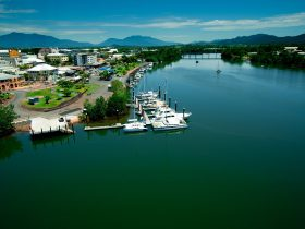 Fitzgerald Esplanade Johnstone River Innisfail Tropical North Qeensland Cairns