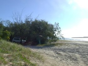 Beachside vehicle-based camping at Inskip
