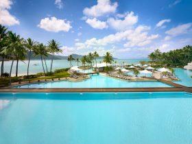 InterContinental Hayman Ocean Front Swimming Pool