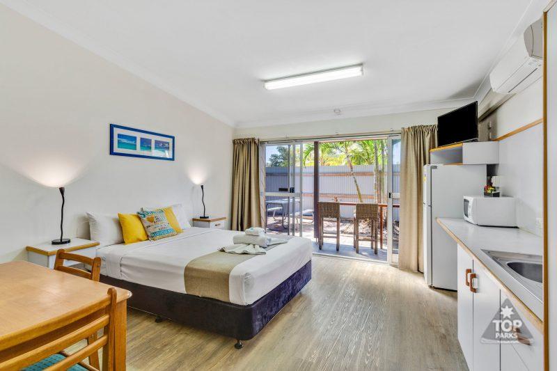 Motel room - double / family room