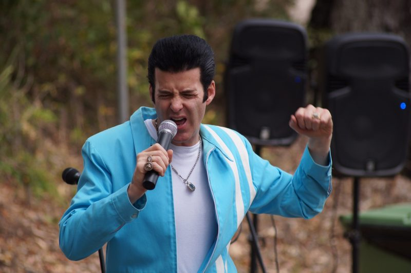 """Elvis"" performing in his sky blue jacket at the Festival."