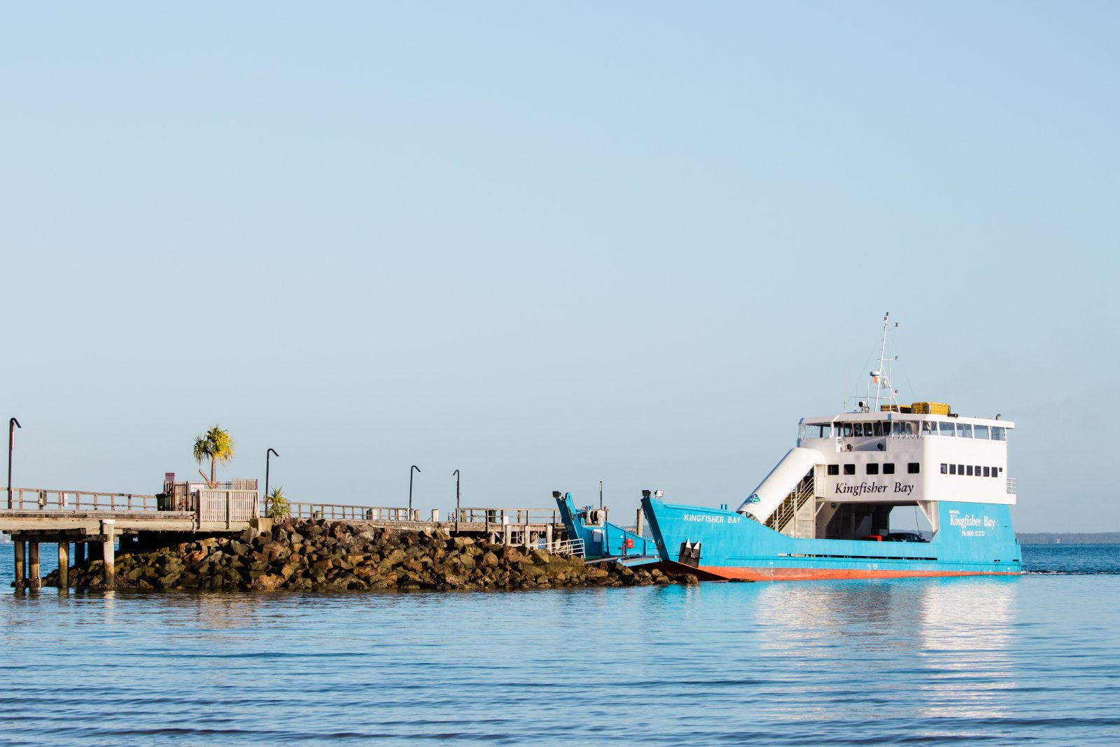 Kingfisher Bay Ferry