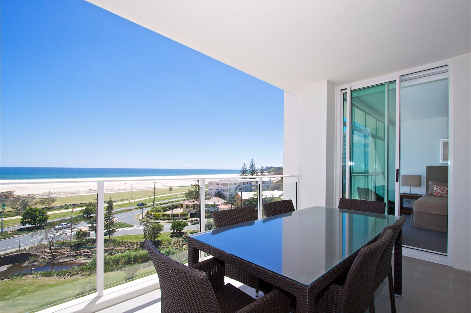 Kirra Surf Apartments Balcony