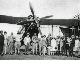 'Skipper' Moody and the D-61 which operated the first Brisbane to Charleville service on 17 April 19