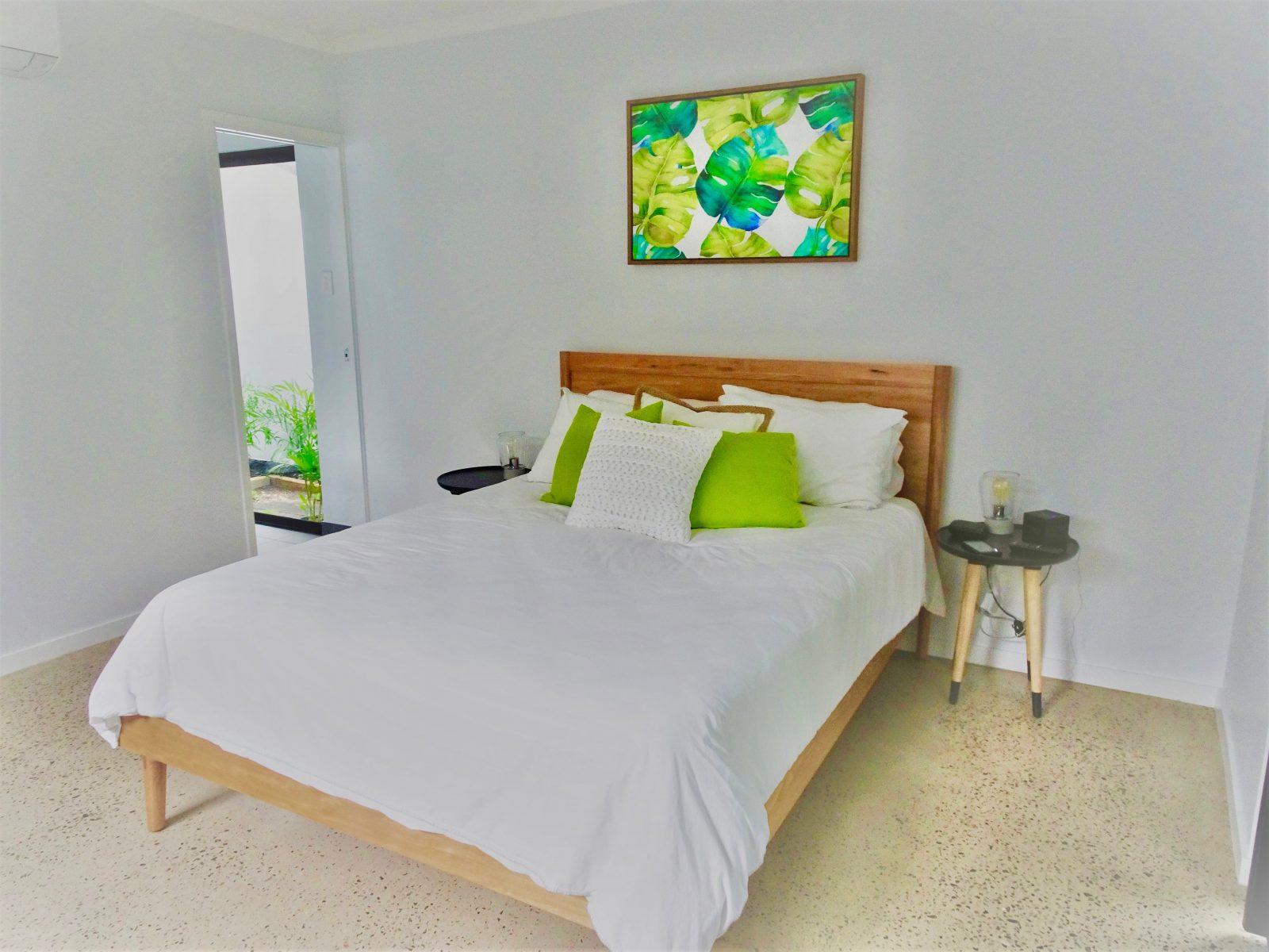 Main bedroom showing queen bed