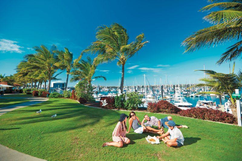 marina picnic people on grass