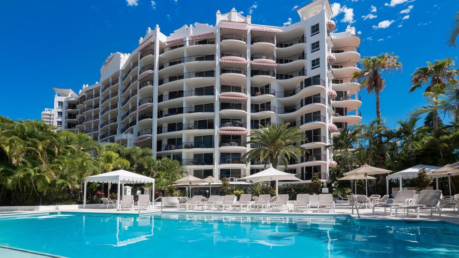 Marrakesh Apartments - Main pool deck