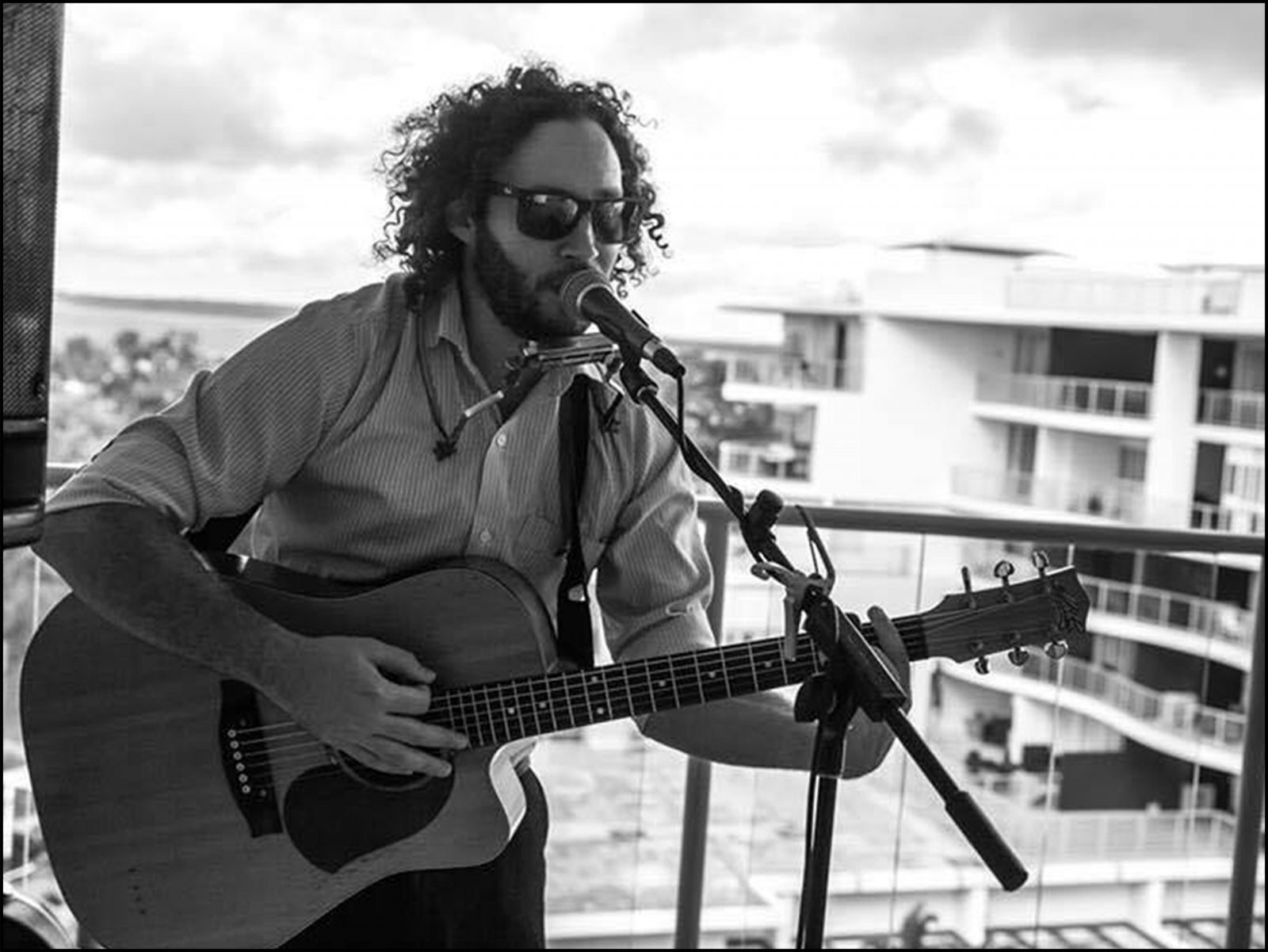 matt barker bundy bundaberg live music free the waves sports club